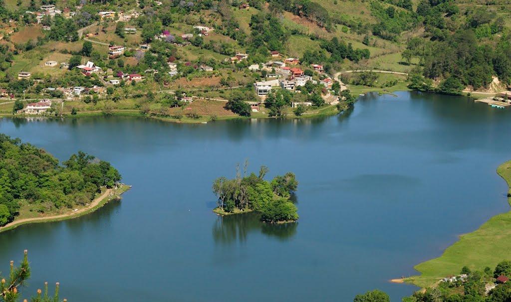 vista desde las alturas de la laguna de Atezca
